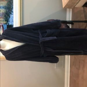 Unisex navy blue frette s/m robe with flaws